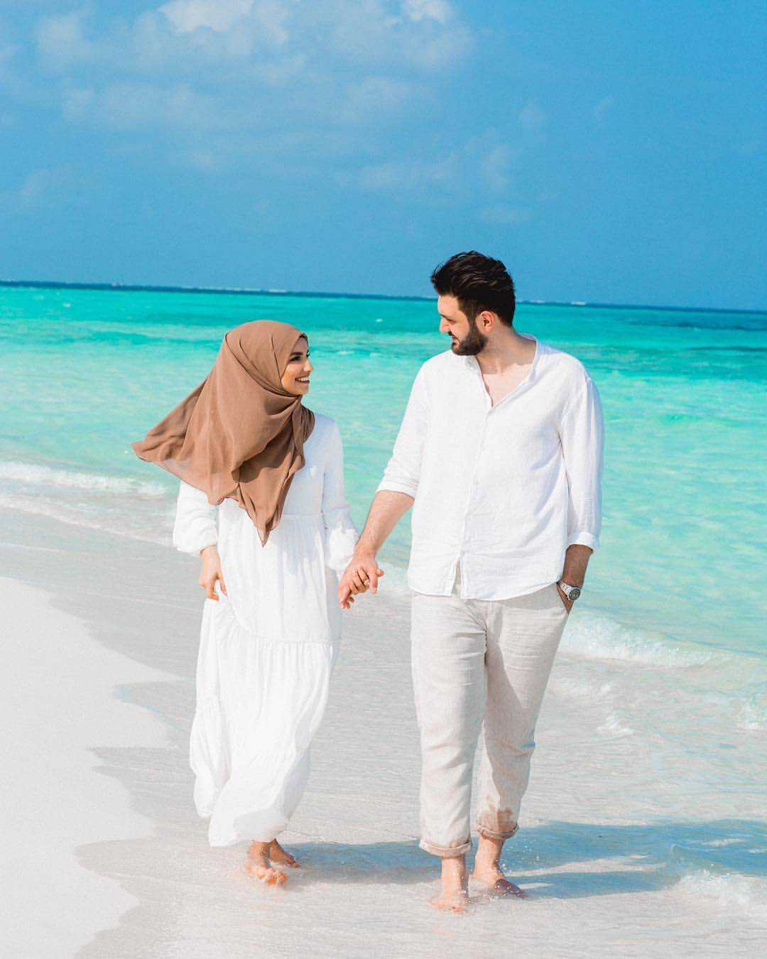 honeymoon outfit for beach