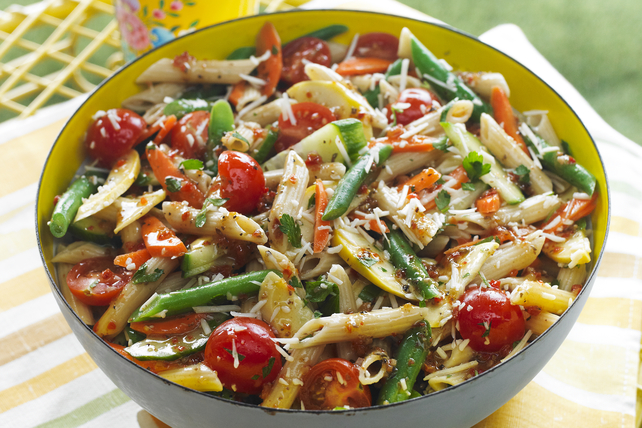 vegetables pasta salad